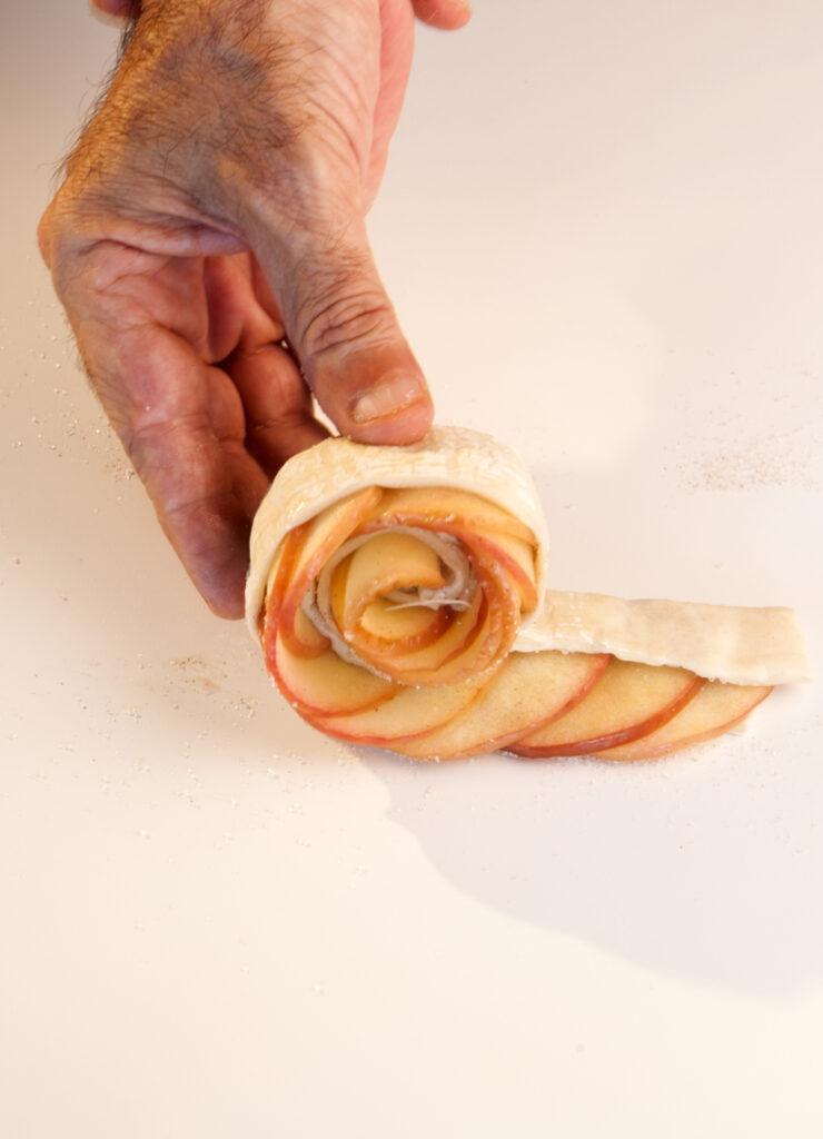 שושני תפוחים חגיגיות (וקלות למרבה הפלא)