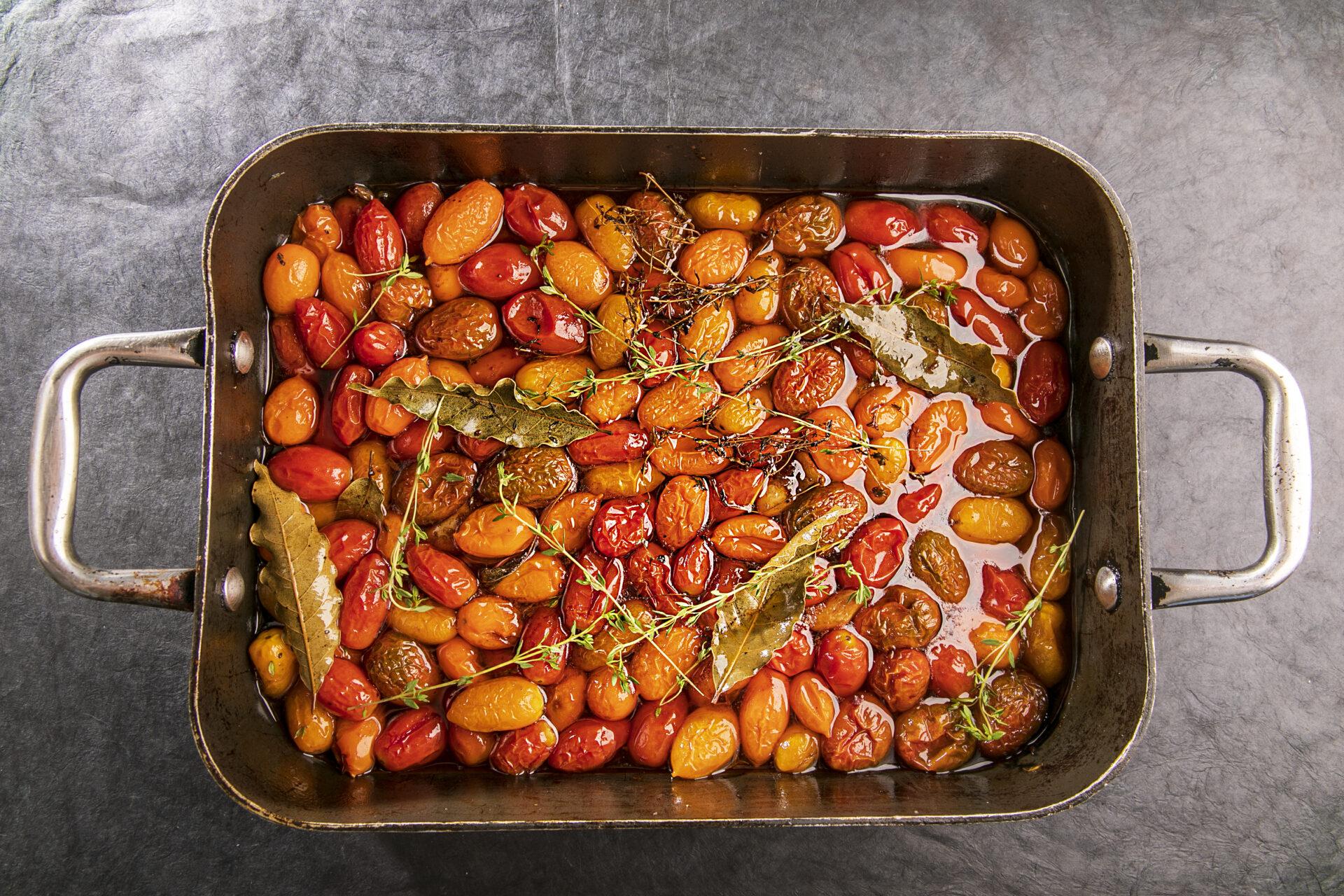 עגבניות שרי של יום שישי (וכל מה שאפשר לעשות איתן)
